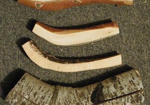 Ложка с ипользованием естественных изгибов и структуры дерева