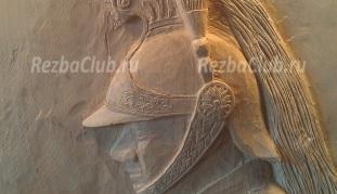 Как вырезать панно конный охранник
