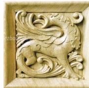Панно с драконом в викторианском стиле