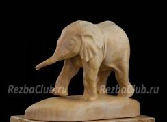 Как вырезать из дерева фигурку слона