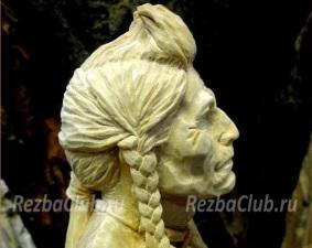 Индеец в традиционном облачении - бюст